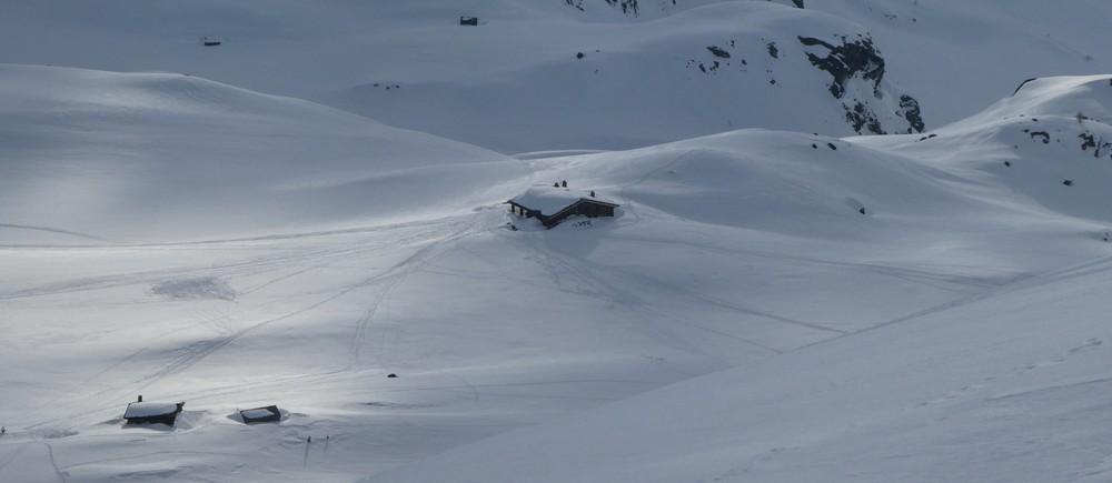 Ski rando terre rouge - Vers Roche Noire - Le refuge