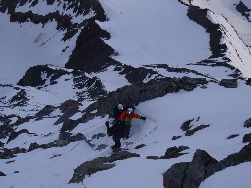 Mont-Blanc - La cordée Stan et Manu dans le couloir