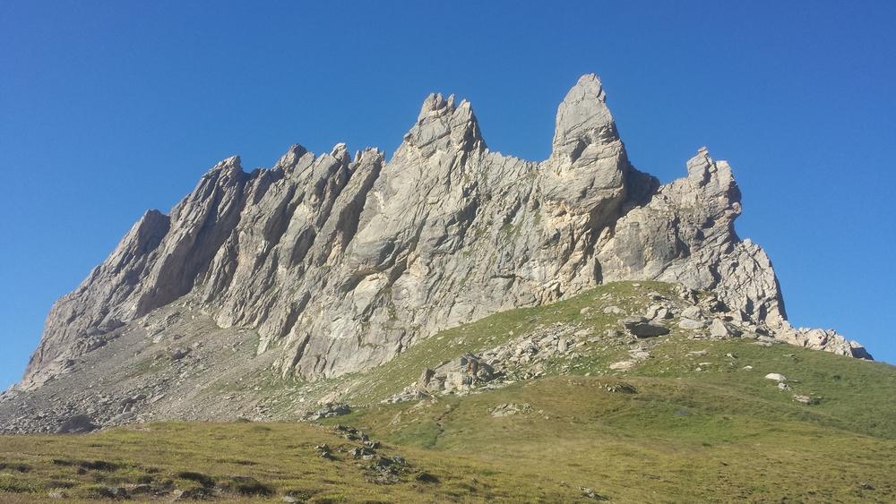 Arêtes de la Bruyère - Stegosauric ridge