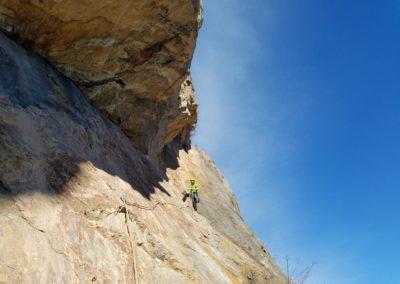 Escalade Grande voie - Champcella - La rampe de la Rama, Guillaume à l'oeuvre