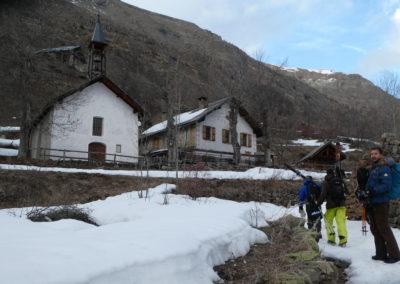 Week-end ski Dormillouse - Le gîte et le temple