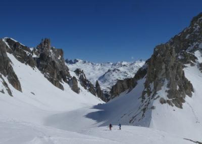 Raid ski randonnée Cerces - En montant à la pointe des Cerces