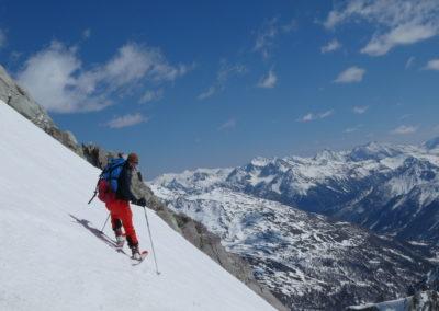 Raid ski randonnée Cerces - Euh c'est penchu là?