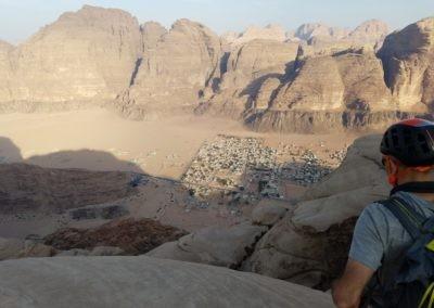 Al Thalamiyah - Bled en vue!