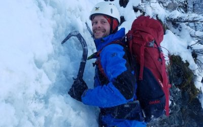 Cascade de glace en Oisans