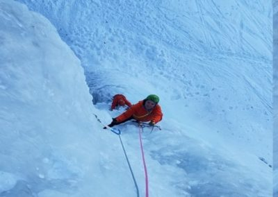 Cascade glace - Argentera - Sonia dans ce beau grade 6!