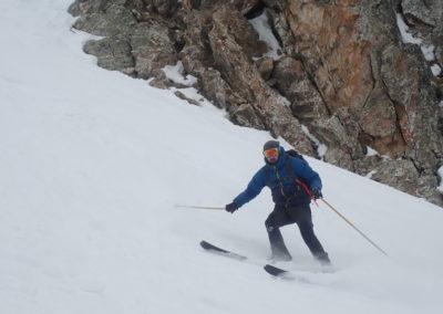 Raid ski - Couloir Eyssilloun - Vinc' avec encore quelques miettes de cuisses!