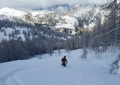 Ski randonnée Freissinières - Trouée dans la forêt et le ciel